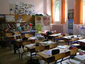Classe soli extracomunitari scuole Basta