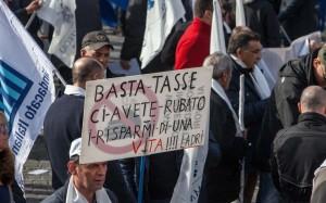 Un'immagine di una recente manifestazione di commercianti