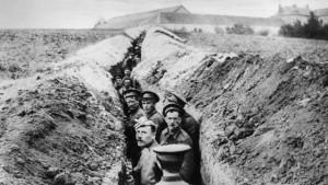 Una trincea durante la Grande Guerra